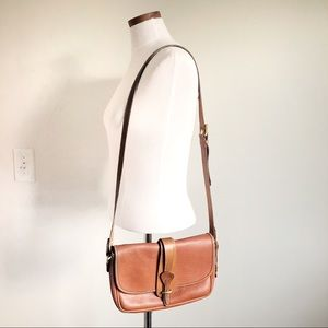 Vintage Dooney & Bourke Leather shoulder bag